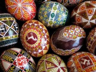 ウクライナに伝わるろうけつ染めのエッグアート『ピサンキ』を作ってみませんか!9月17日現在残り3名です。